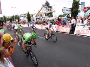 Cavendish wins again